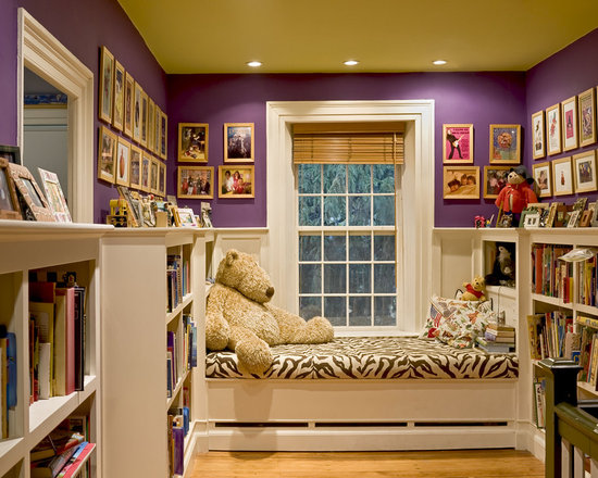 Window Seat Reading Nook At End Of Stair Hallway